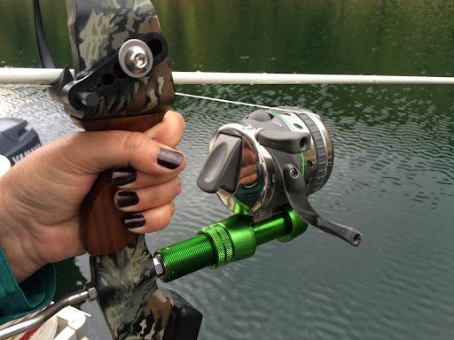 bowfishing reels